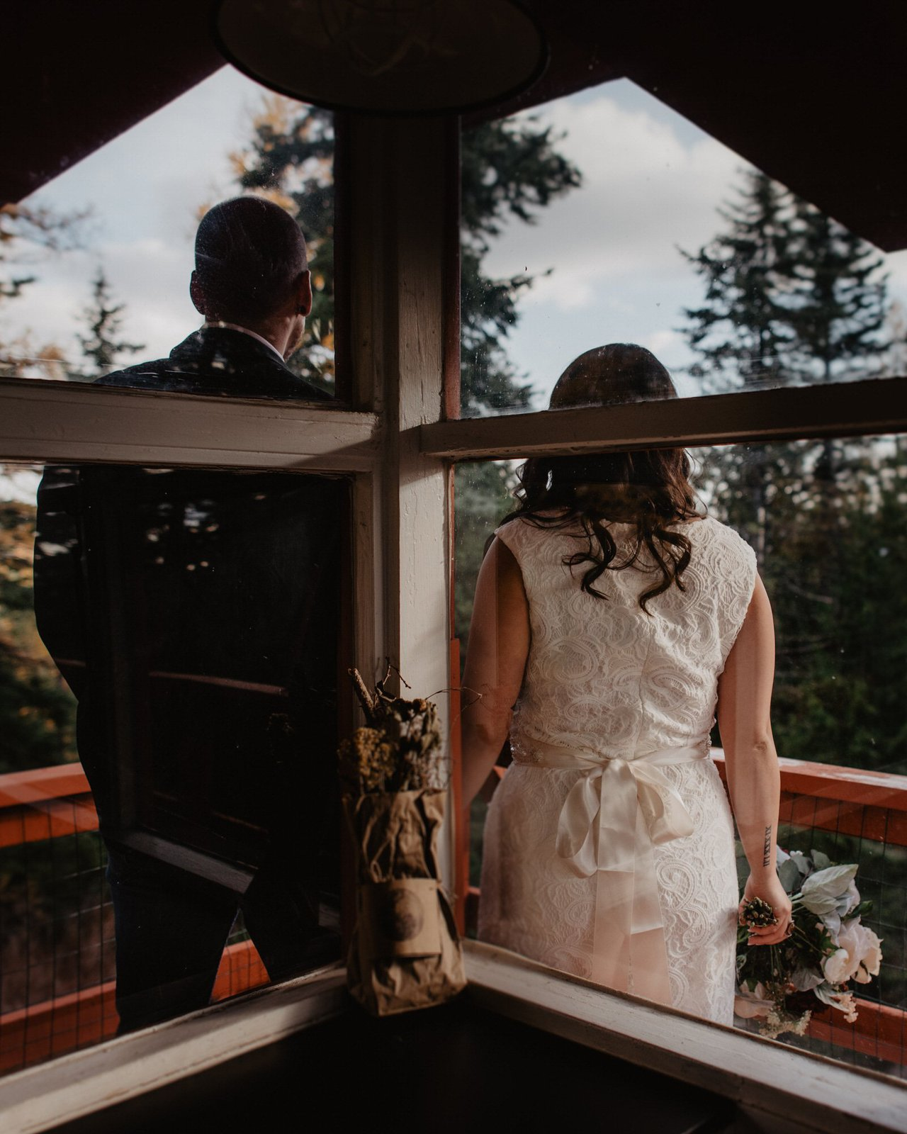 cozy and simple elopement detail shot.
