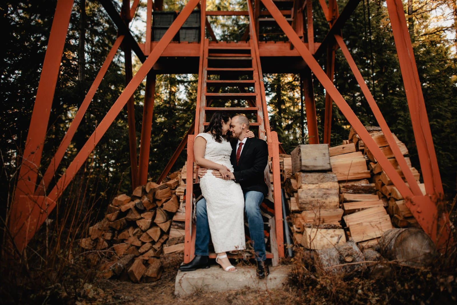 Intimate elopement in Idaho.