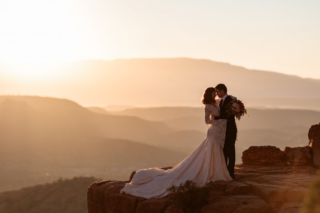secluded first dance moment photography.