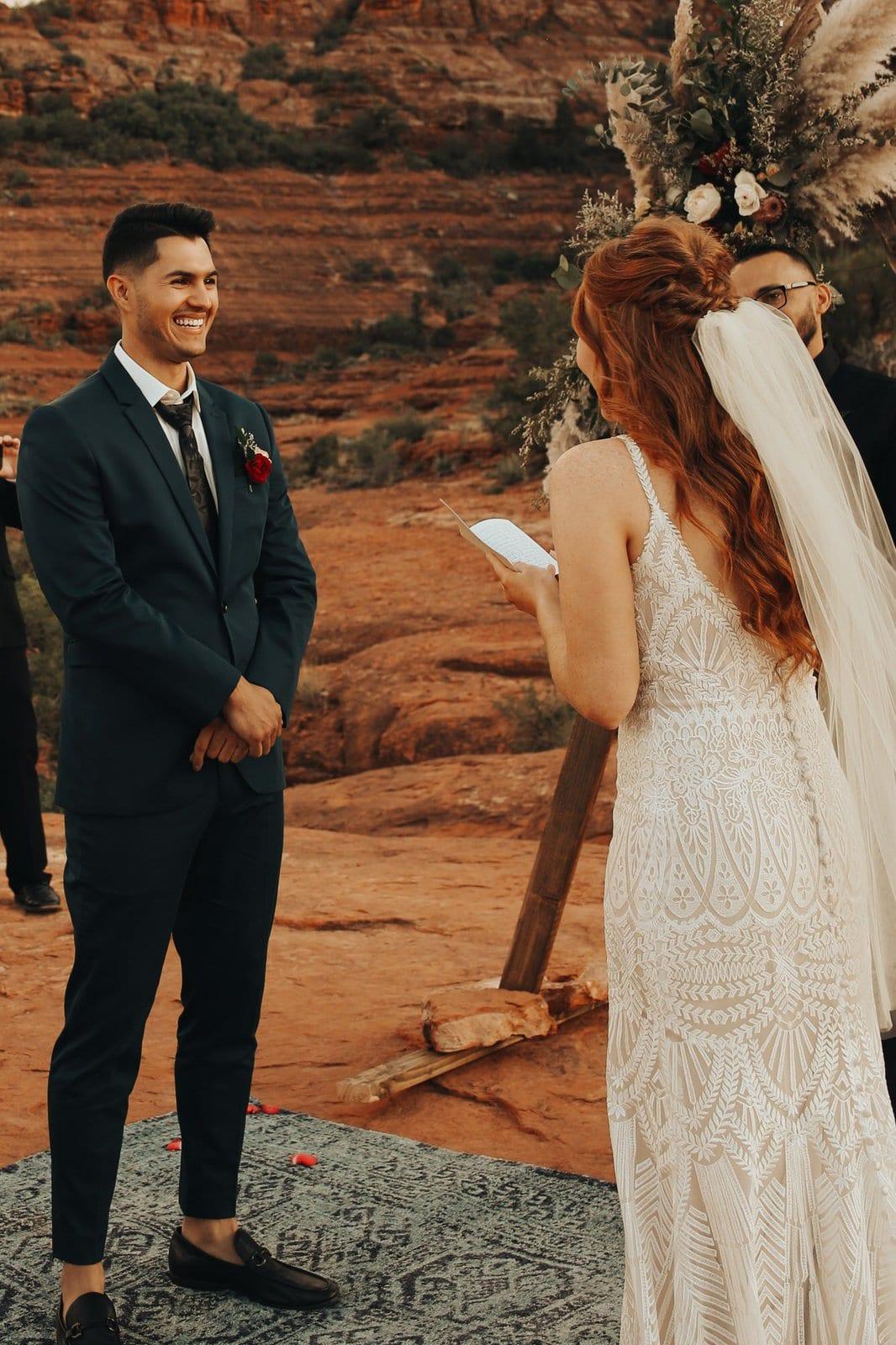 wedding vows at red rocks