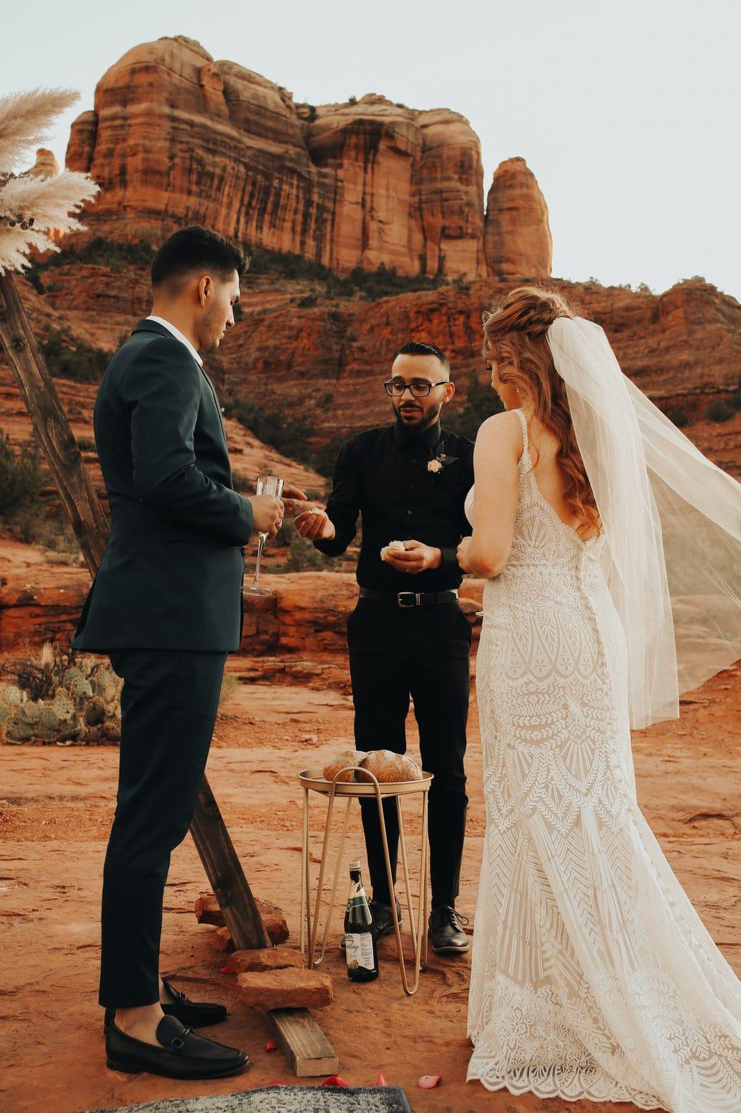 sedona elopement ceremony