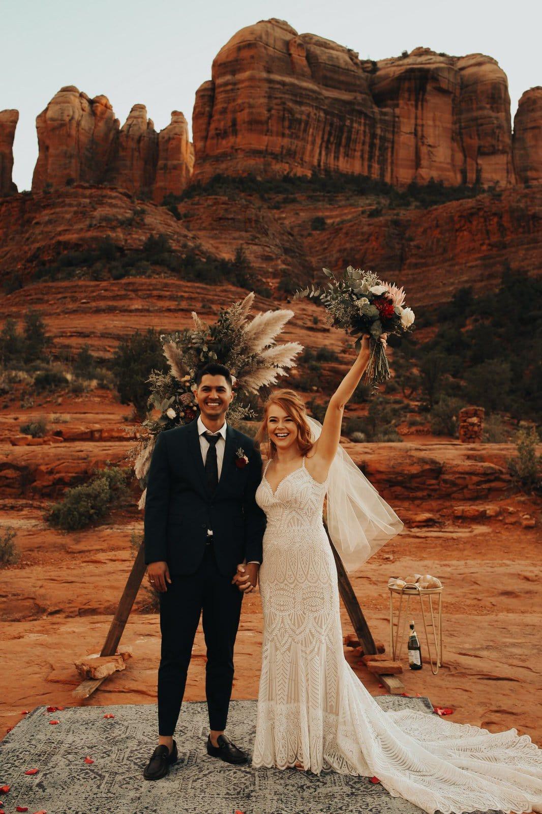 Sedona red rocks elopement.