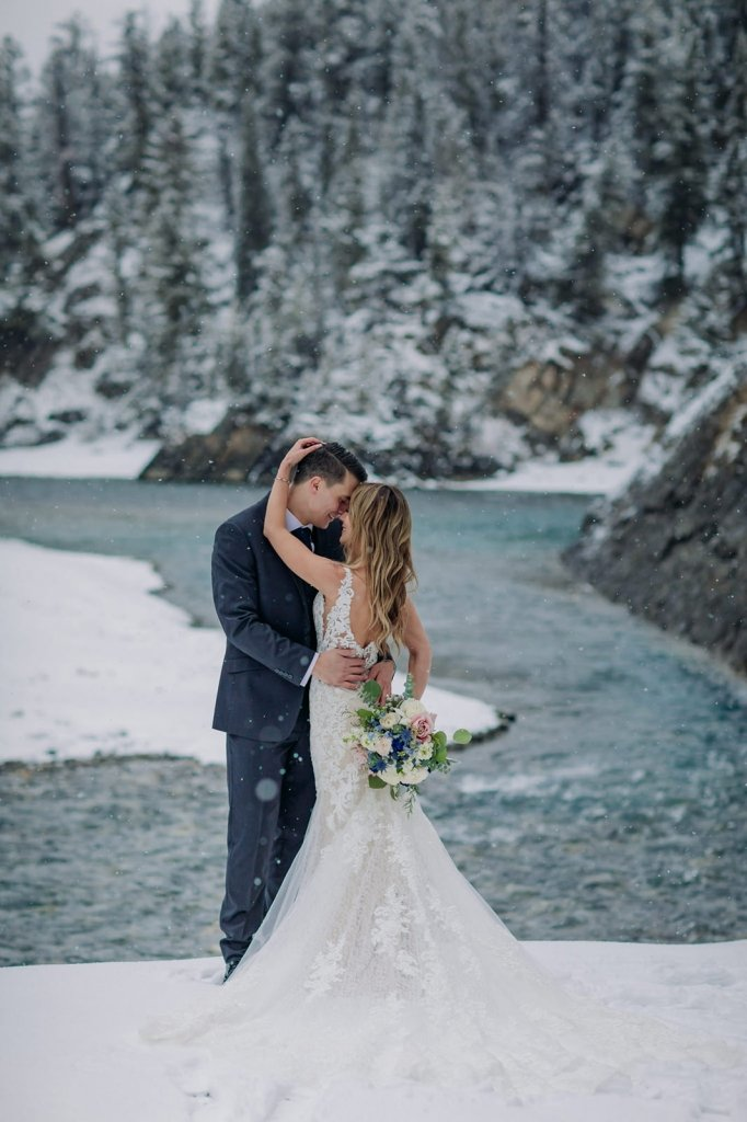 winter wedding portraits.