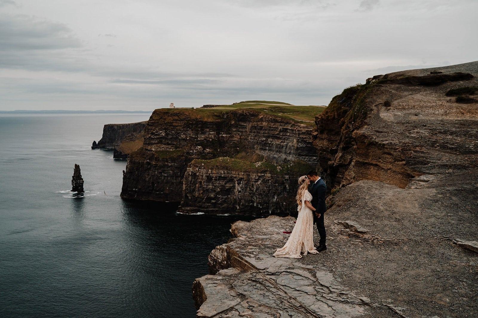 elopement photos at cliffs of moher