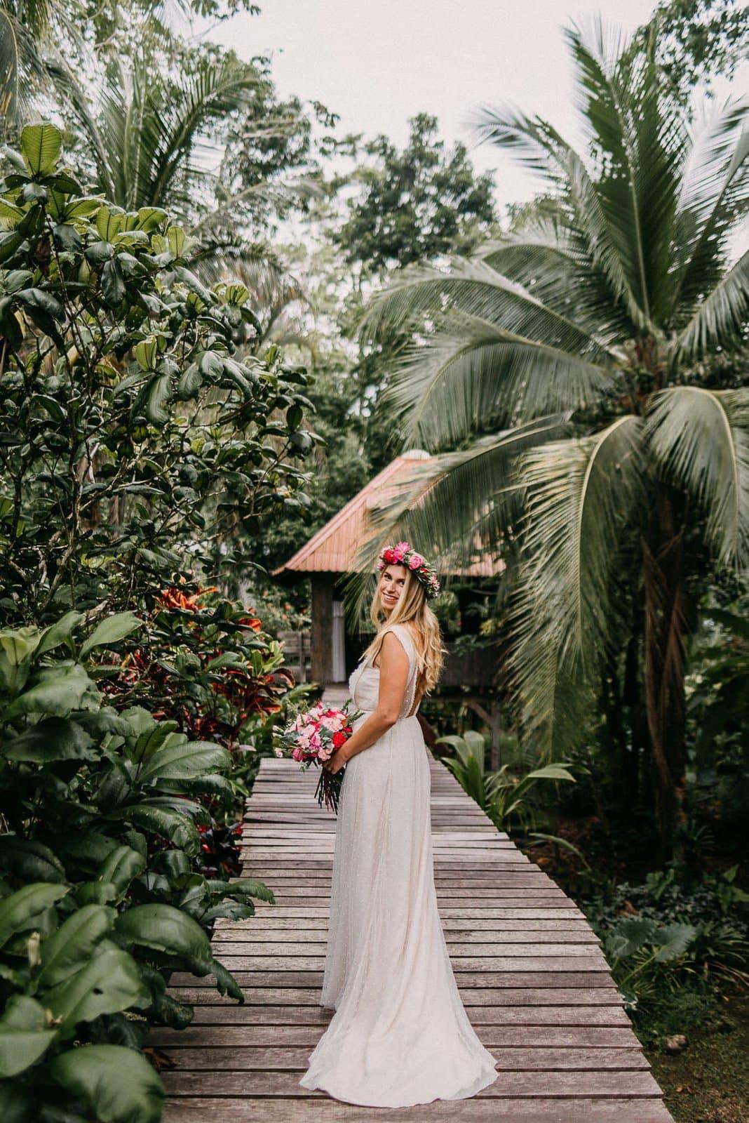 bridal portraits in costa rica.