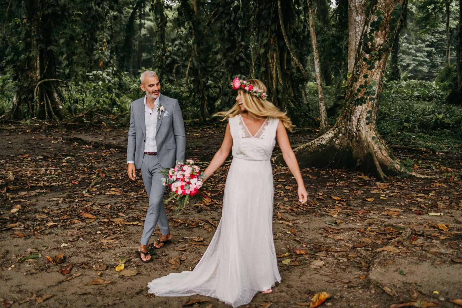 first look portraits in costa rica.