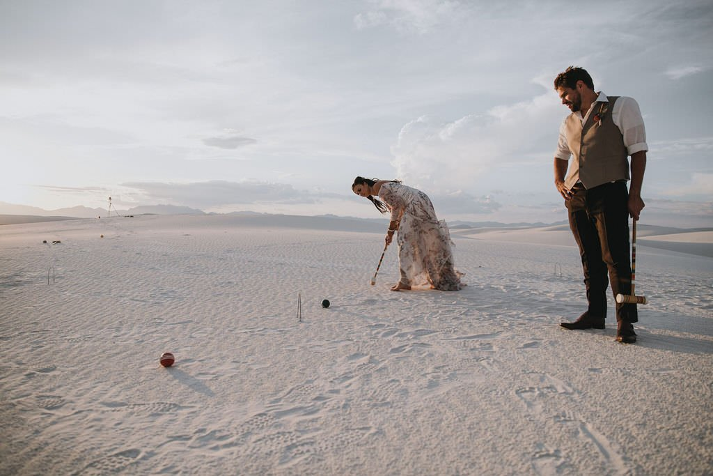couple playing croquet for wedding.