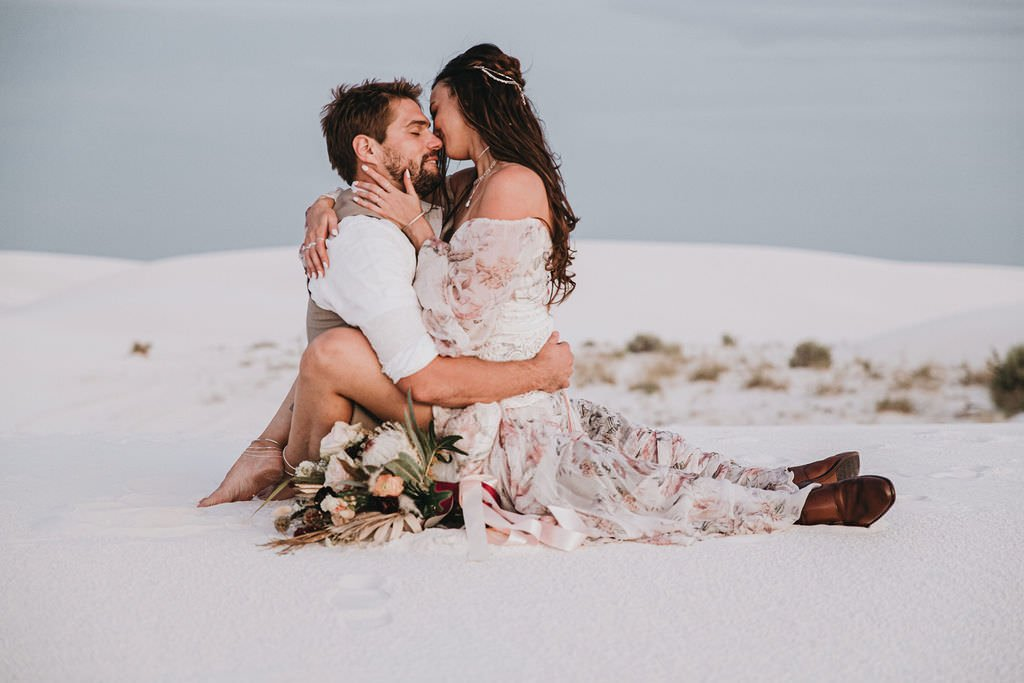 intimate wedding portraits in the desert.