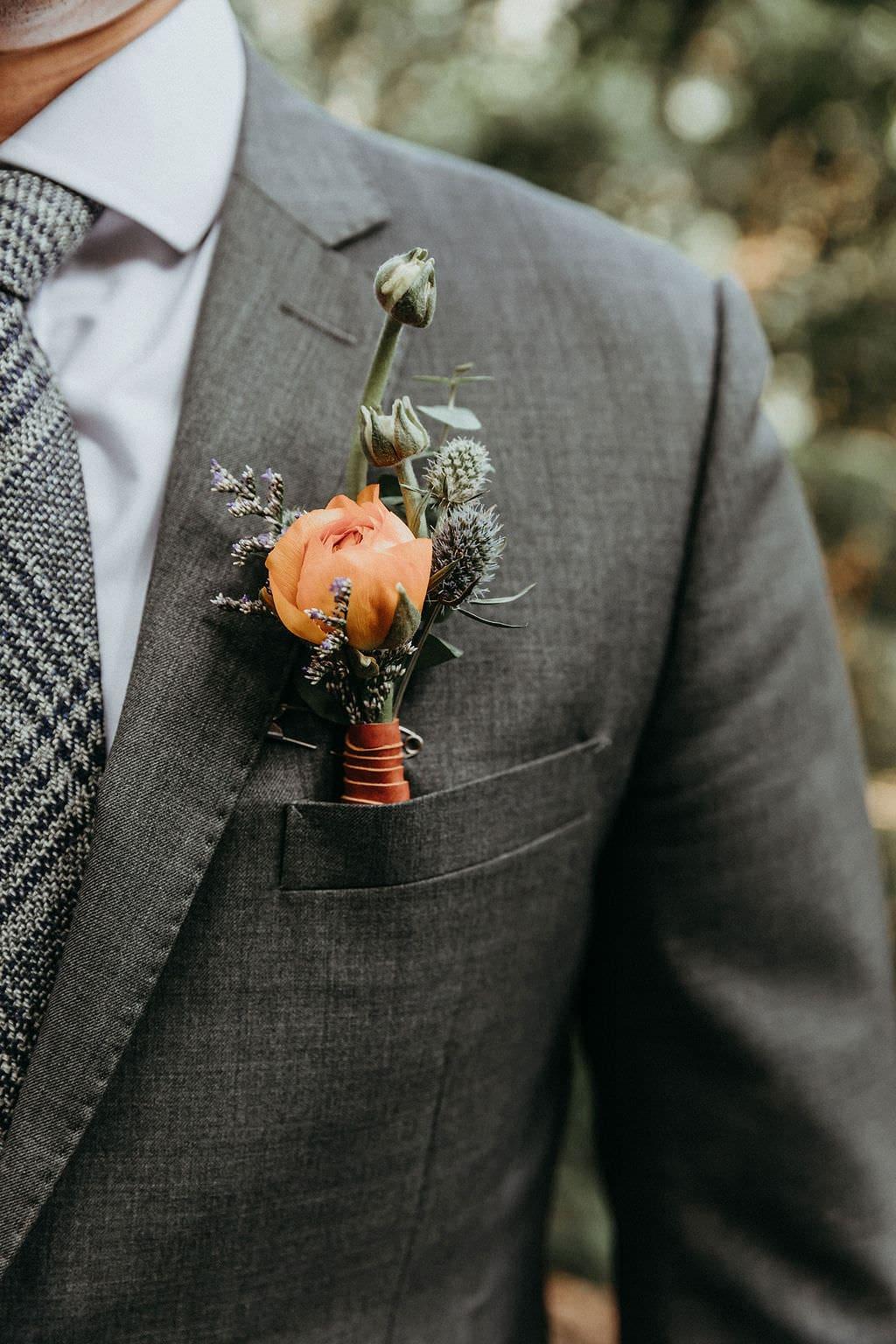 groom detail portraits