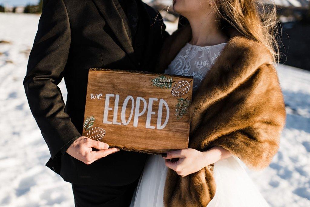 eloped announcement sign