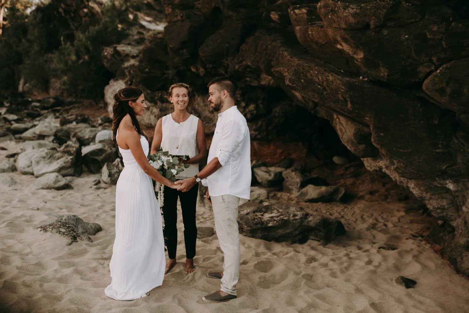 maui beach ceremony