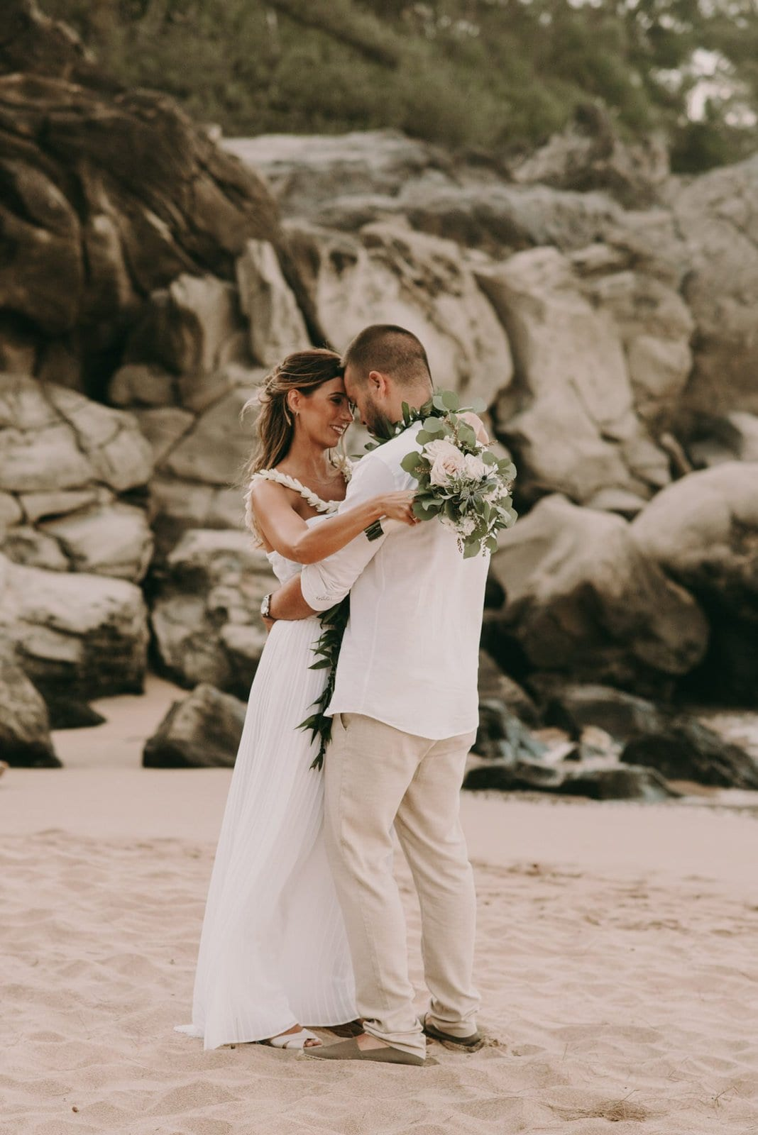 elopement ceremony moment