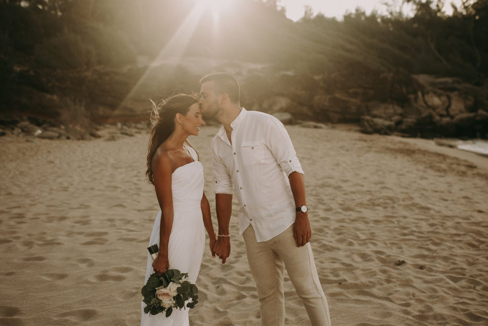 sunset elopement pictures in Hawaii