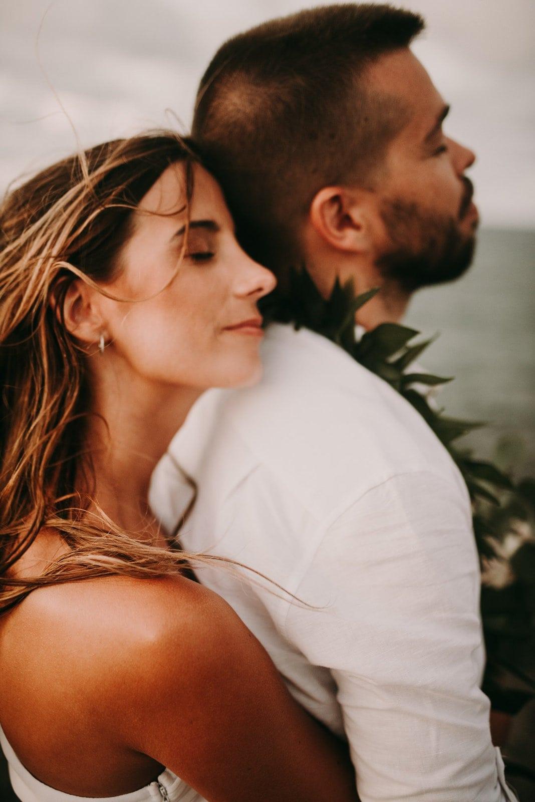 romantic hawaii portraits