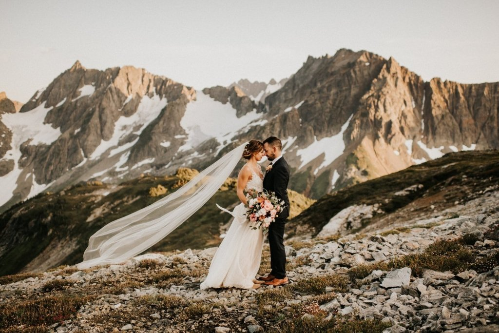 Washington elopement locations and inspiration