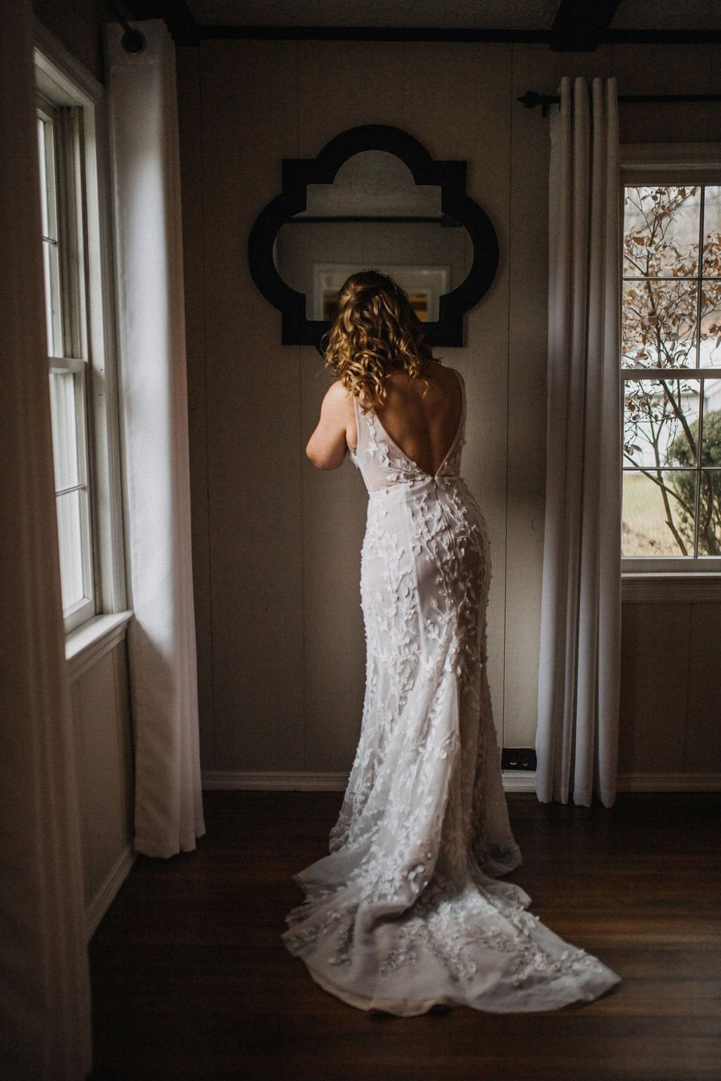 bride details portraits