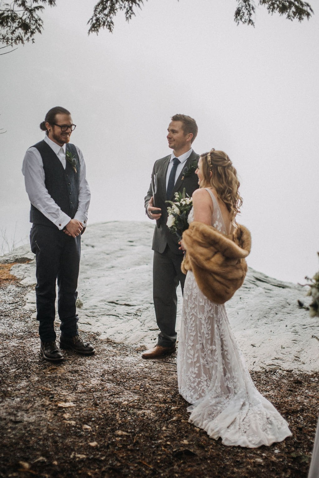 elopement in ceremony in Minnewaska State Park.