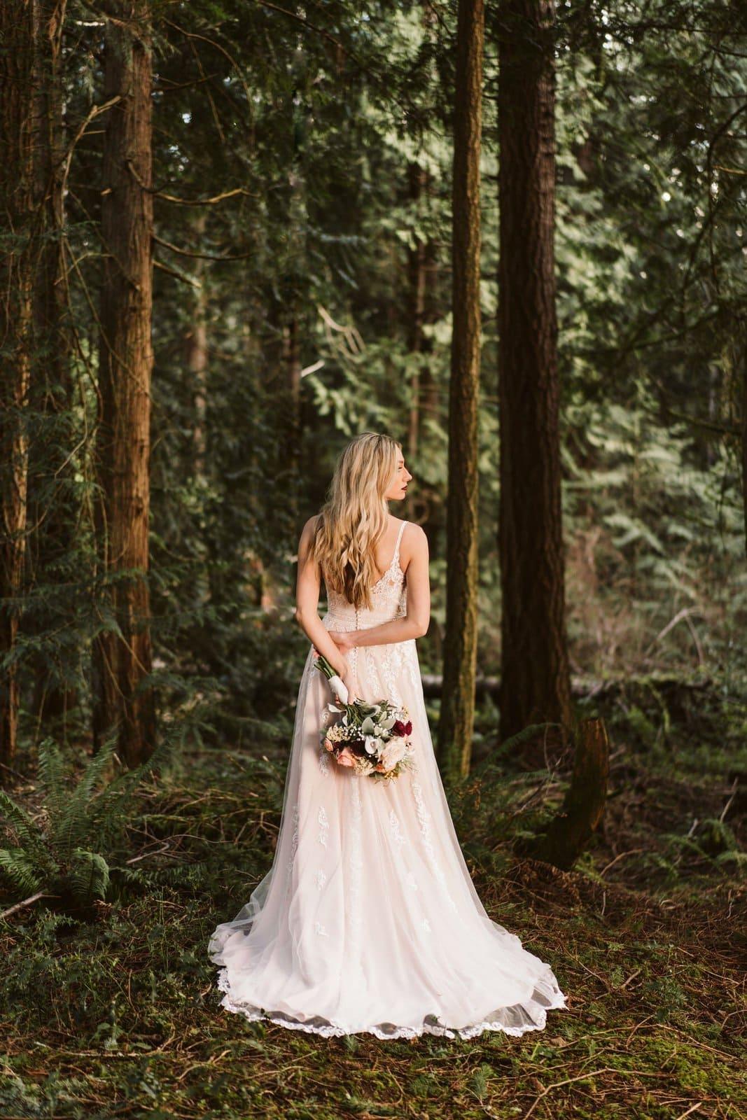 essense bride