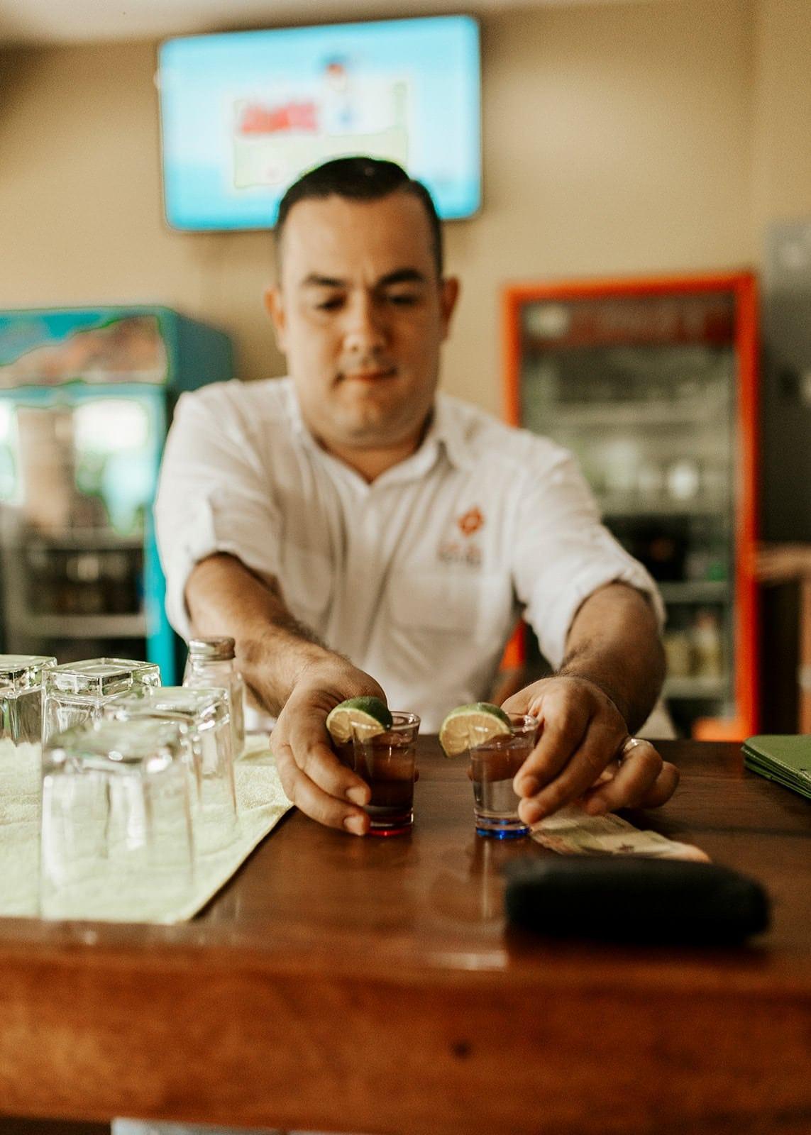 bar at la fortuna