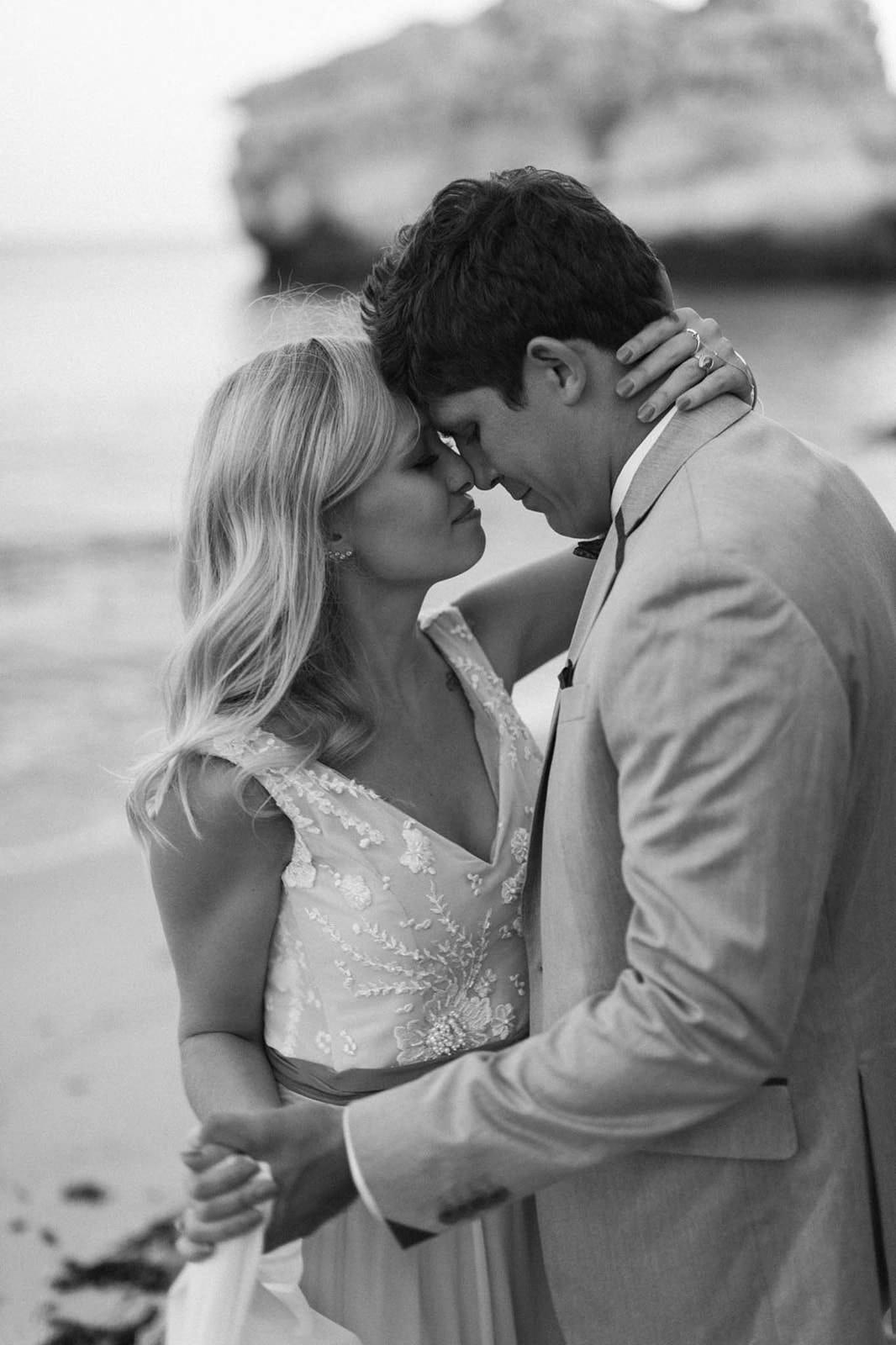 romantic portraits of couple