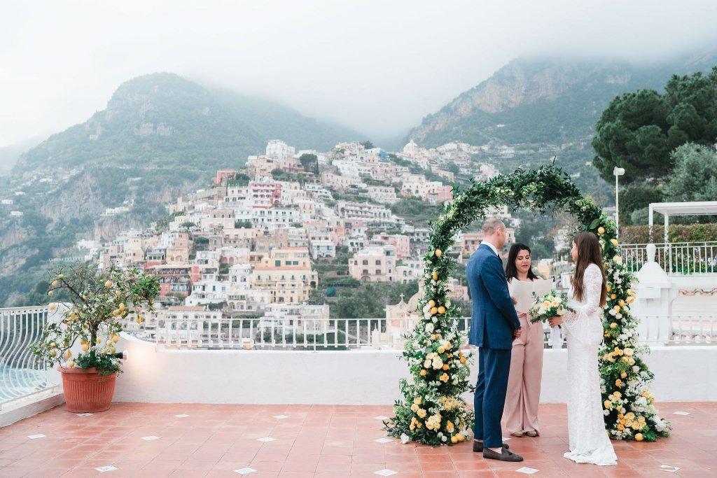 elopement ceremony in Italy