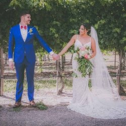 california-vineyard-small-wedding-smile-2-1