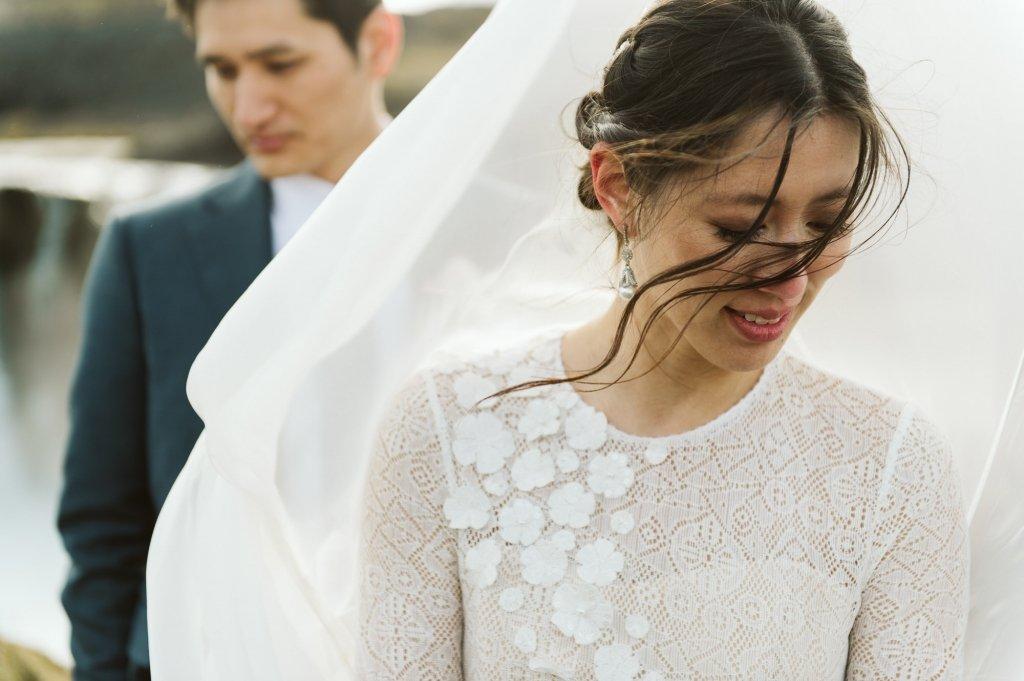 romantic Iceland elopement