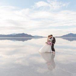 01-Kaci-Lou-Photography-Bonneville-Salt-Flats-Utah-Wandering-Weddings-1
