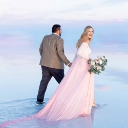 03-Kaci-Lou-Photography-Bonneville-Salt-Flats-Watercolors-Utah-Wandering-Weddings-1