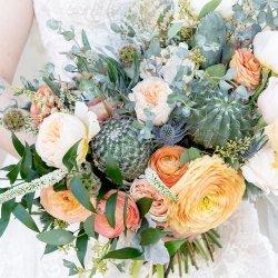 10-Kaci-Lou-Photography-Arizona-Cactus-Bouquet-Wandering-Wedding-1