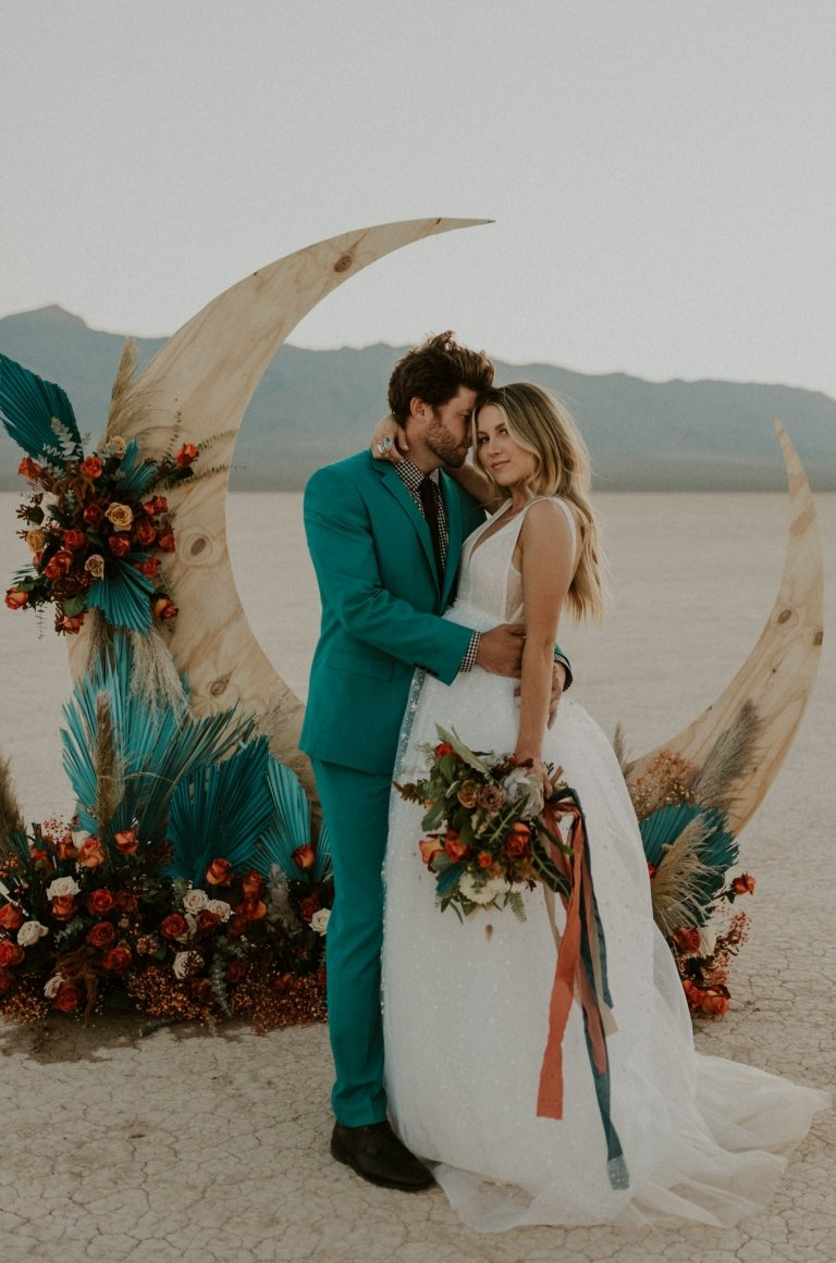 dry lake bed elopement inspiration