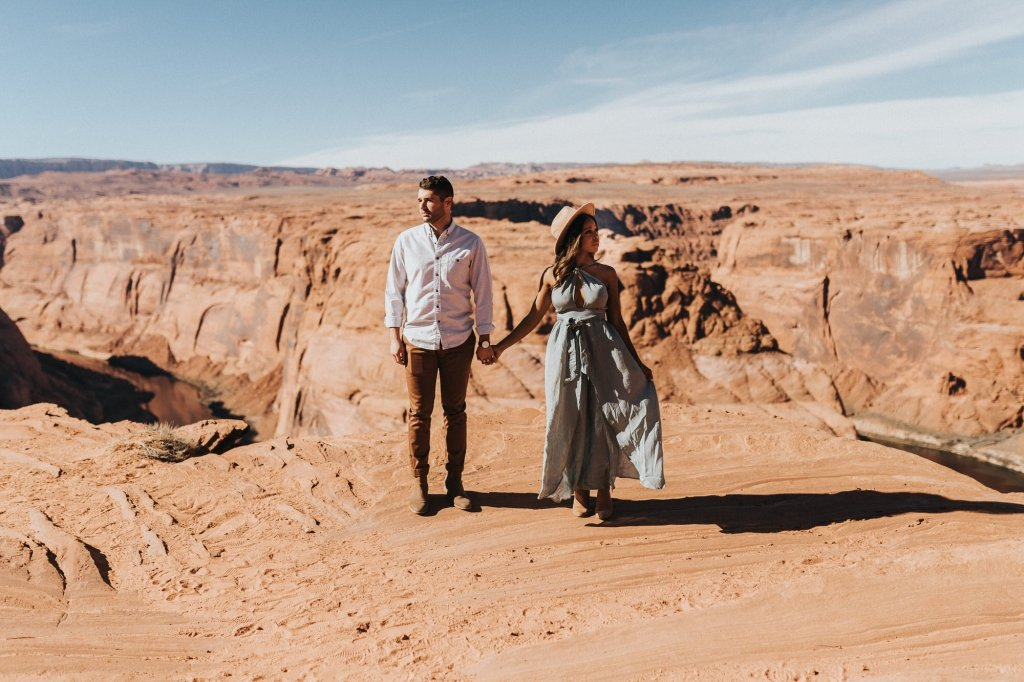 engagement photos in Arizona
