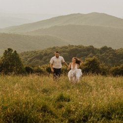 max-patch-north-carolina-mountain-engagement-session-tori-lynne-photography-213