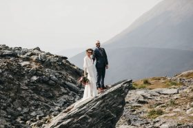 A Simple Alaska Wedding Adventure at Hatcher Pass
