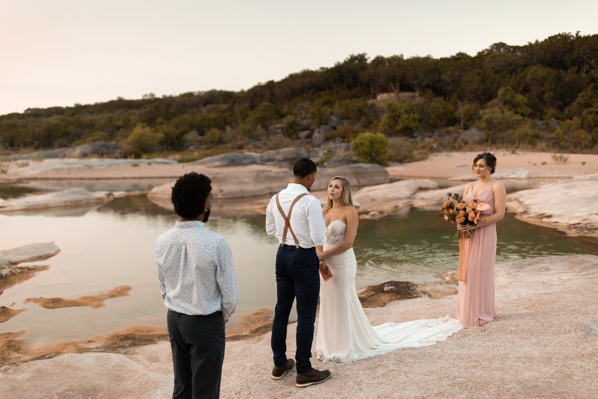 elopement ceremony in Texas at Pedernales Falls State Park