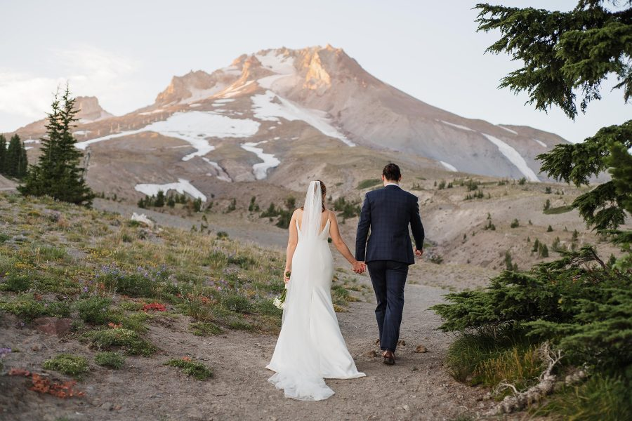 Summer elopement at Timberline Lodge on Mt. Hood. Photo by Danielle Peterson Photography