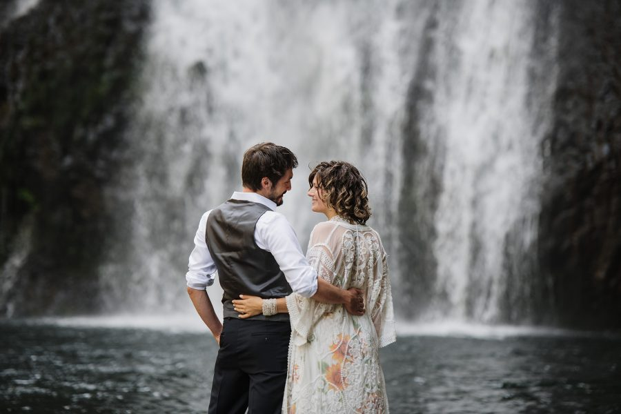Summer elopement at Silver Falls State Park.