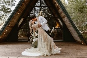 Styling Your A-Frame Elopement in Washington